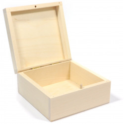 Drewniane pudełko, kasetka - kwadratowe, 13 x 13 cm