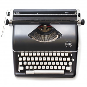 Maszyna do pisania - We R - Czarna