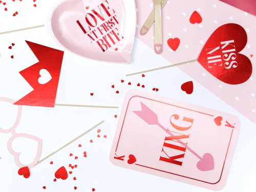 Love is in the air gadgets for photos - red, 7 pcs.